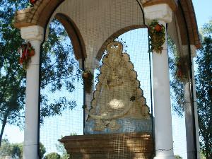 Templete dedicado a la Virgen del Rocío en el Vado de Quema