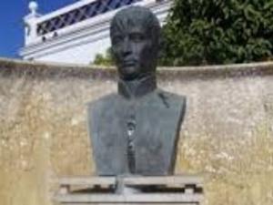 Busto Rafael de Riego